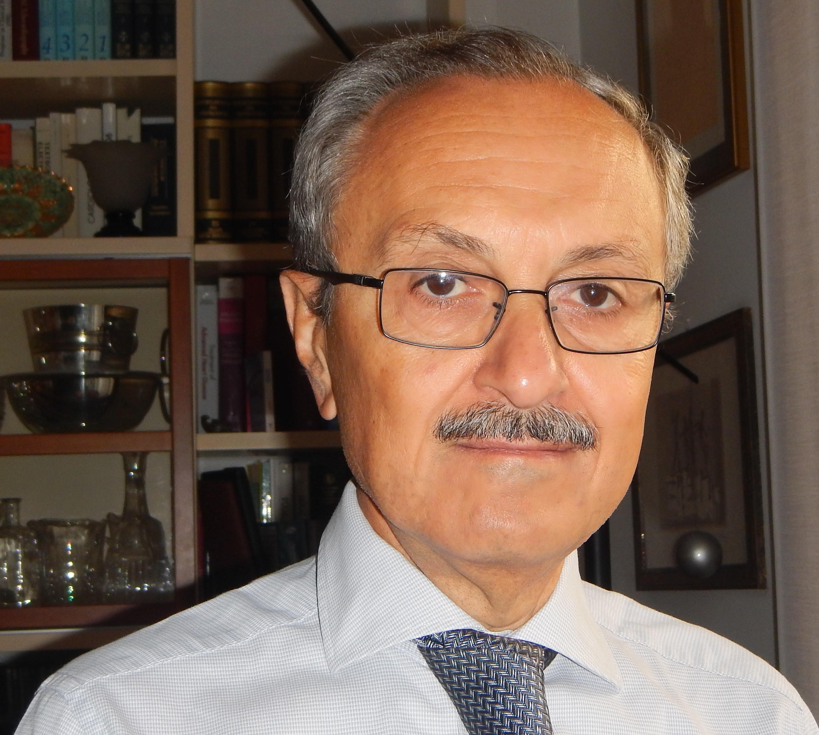 Dott. Giuseppe Cacciatore